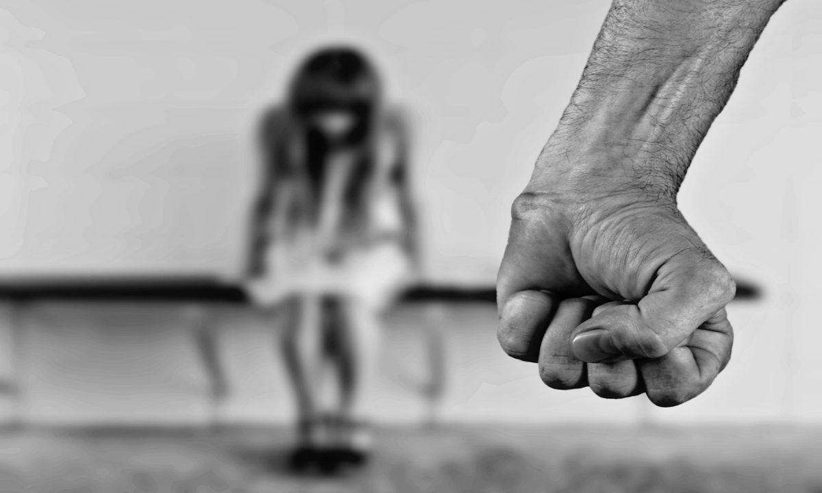 No debate sobre o aborto, a mão do Estado pesa contra as mulheres