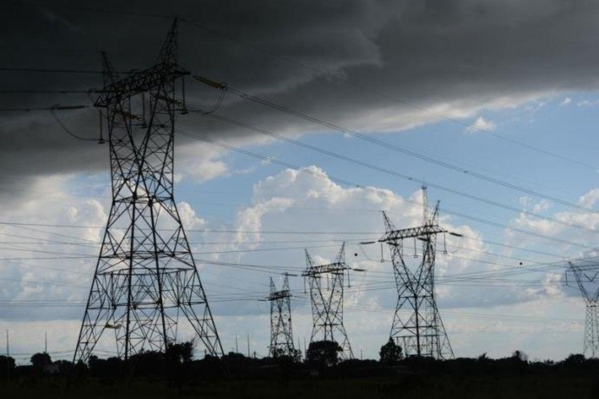 Um poderoso tarifaço na conta de luz atingirá o povo brasileiro