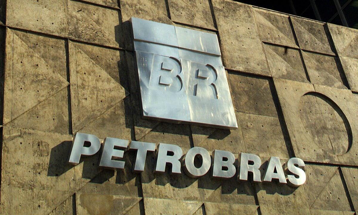 Venda da BR Distribuidora infla lucro da Petrobras