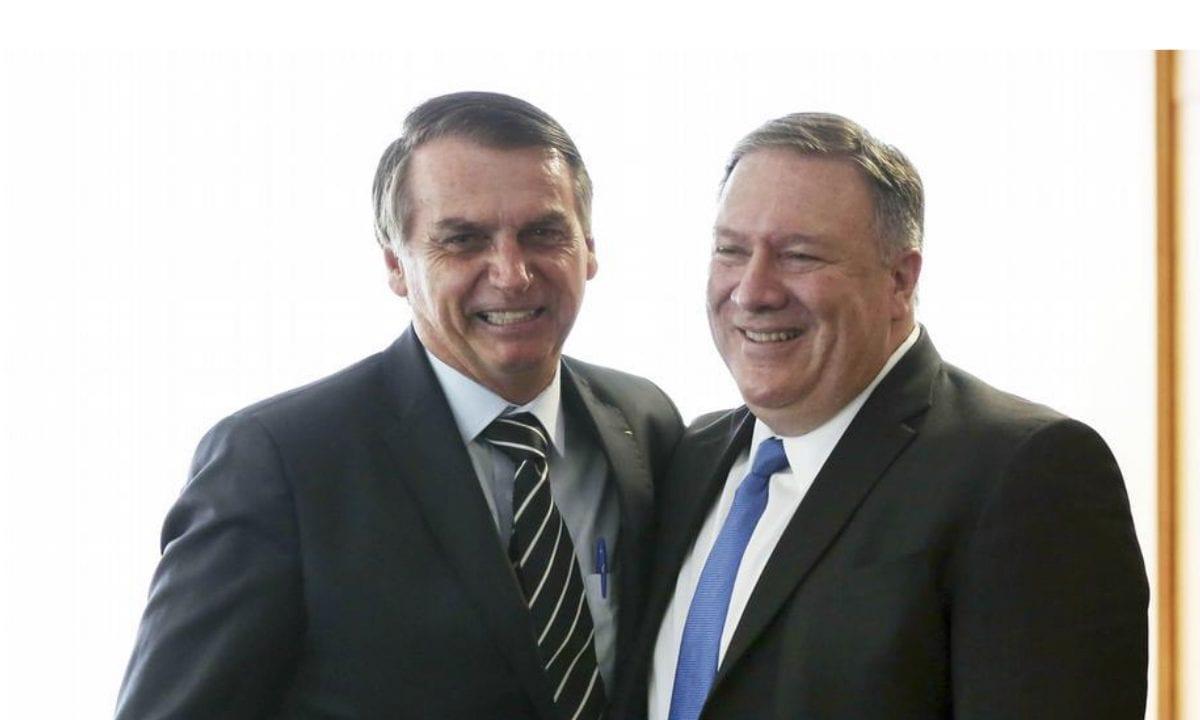 Bolsonaro e o secretário de Estado americano, Mike Pompeo (Foto: EBC)