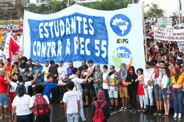 Caminhos a serem seguidos pelo Brasil na educação