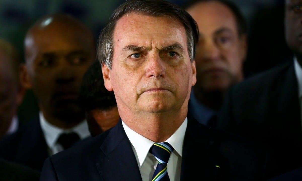 Bolsonaro interfere na nomeação de reitores em três universidades