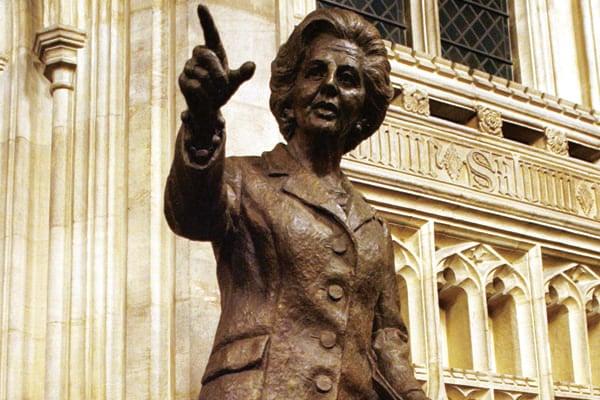 Estatua de Margaret Thatcher|