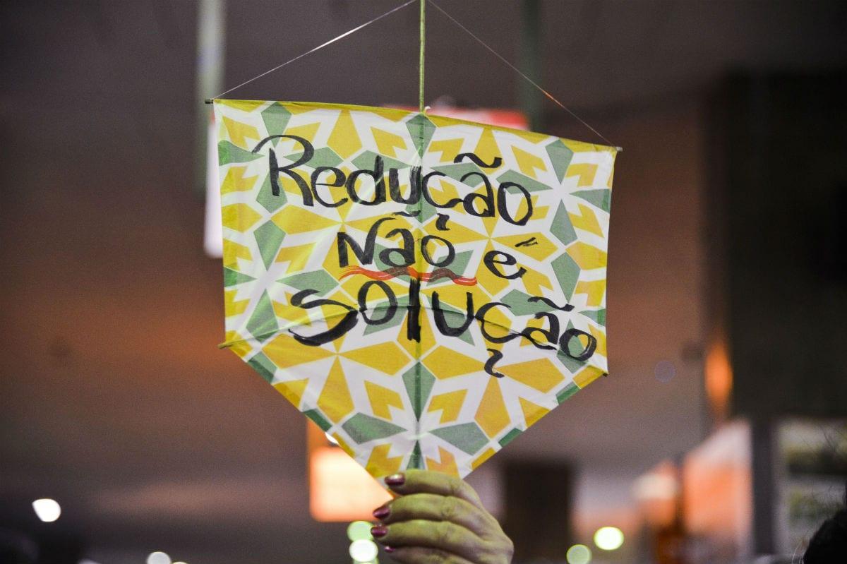  Jovens protestam contra a redução da maioridade penal no Rio de Janeiro.