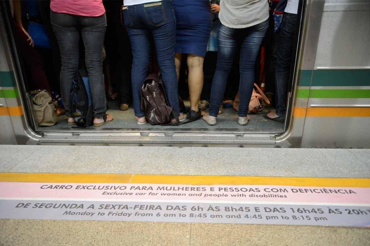 Vagão rosa|Cartaz contra assédio