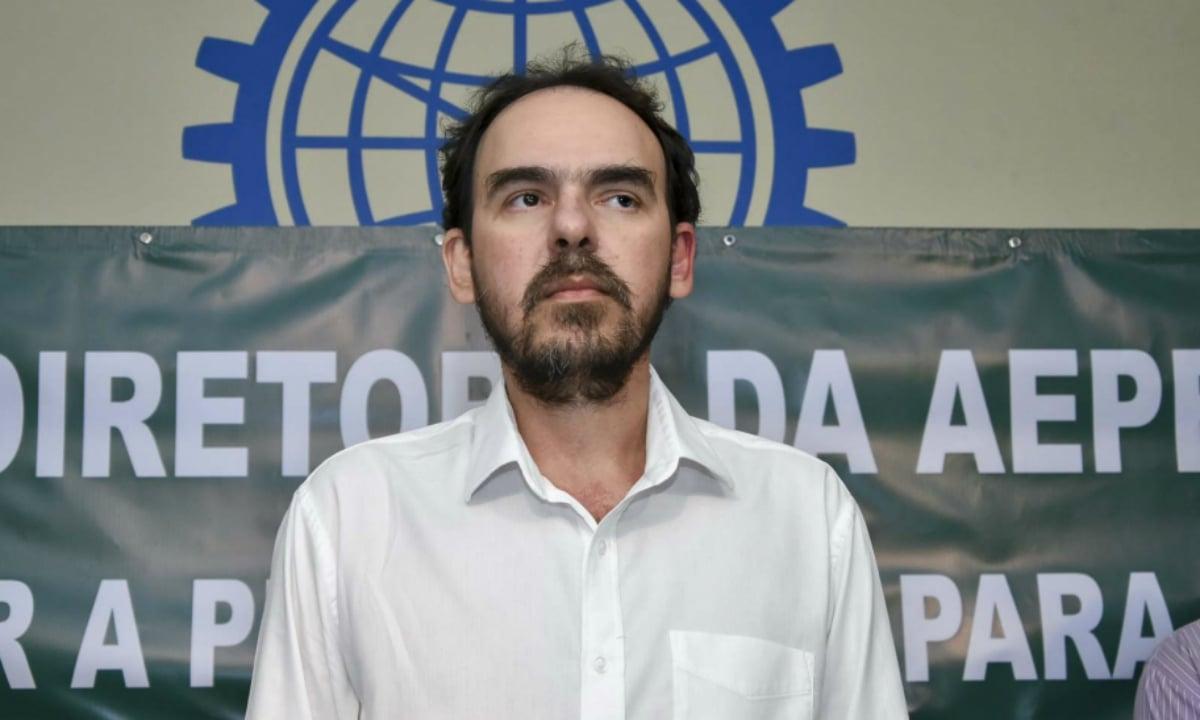"""Com a Petrobras entregue ao mercado, só restará recorrer ao papa"""