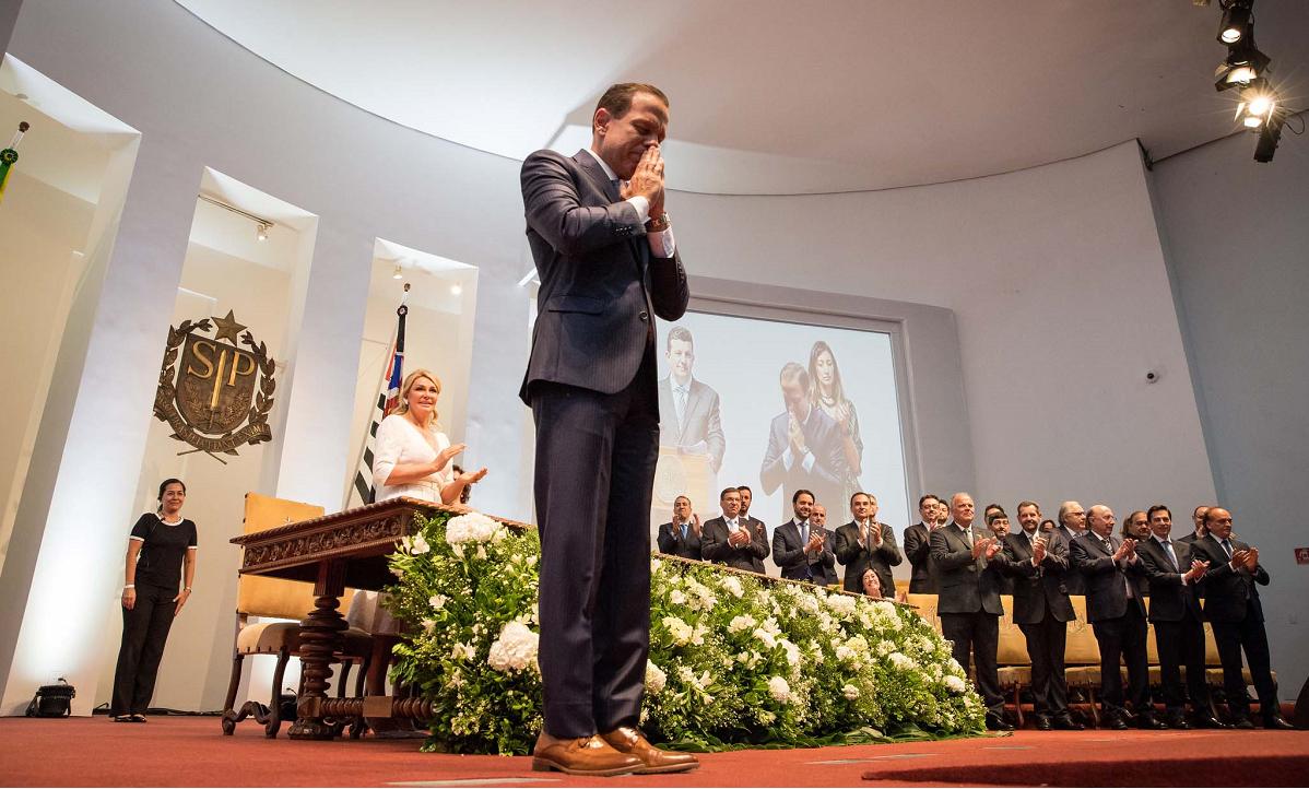 São Paulo agora tem o dia oficial para orar pelos políticos