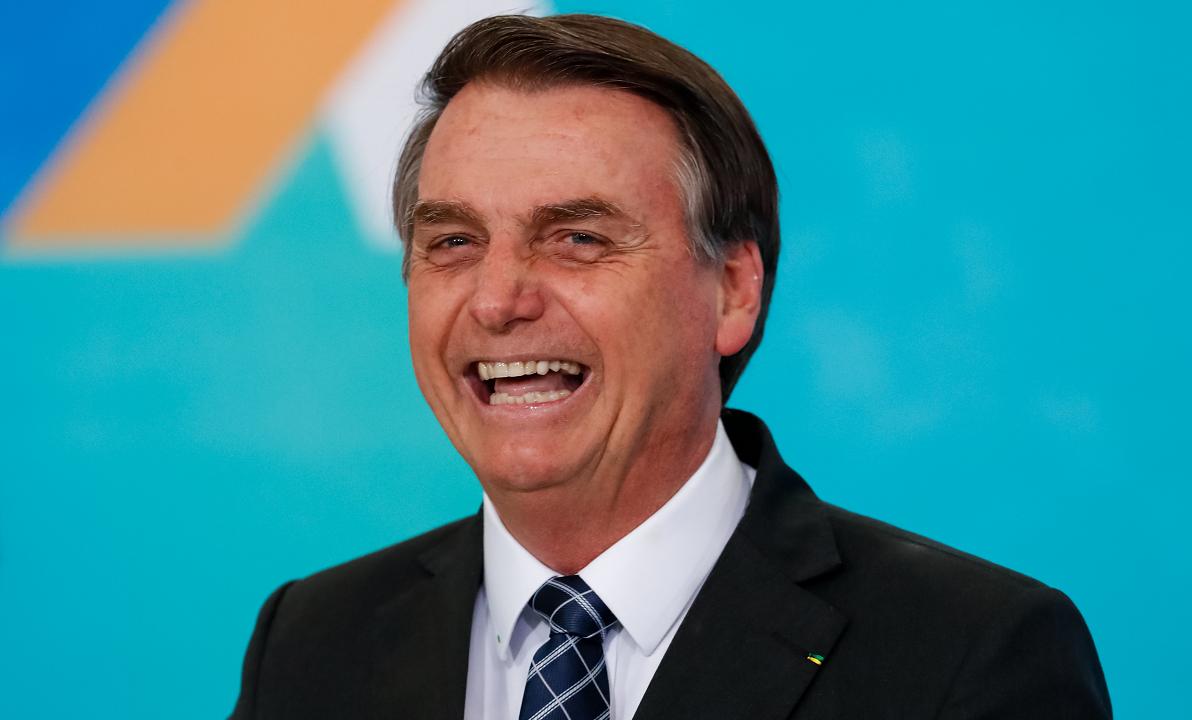 Imprensa francesa destaca sexismo de Bolsonaro e farpas de Weintraub contra Macron
