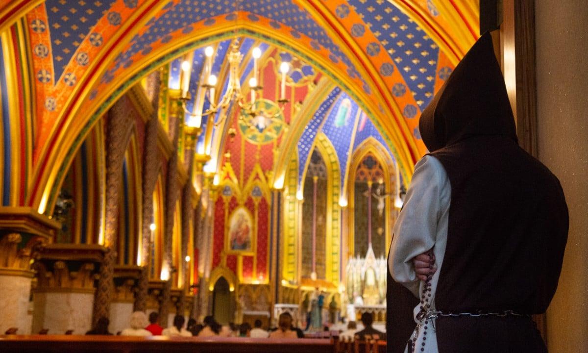 """Damasceno, arcebispo de Aparecida, será o """"guia"""" dos Arautos"""