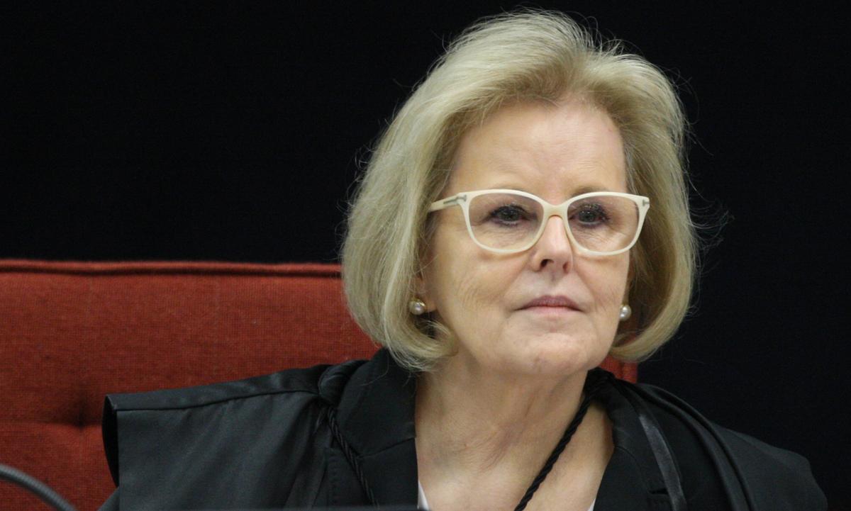 TSE rebate Bolsonaro e diz que não há evidências de fraude eleitoral