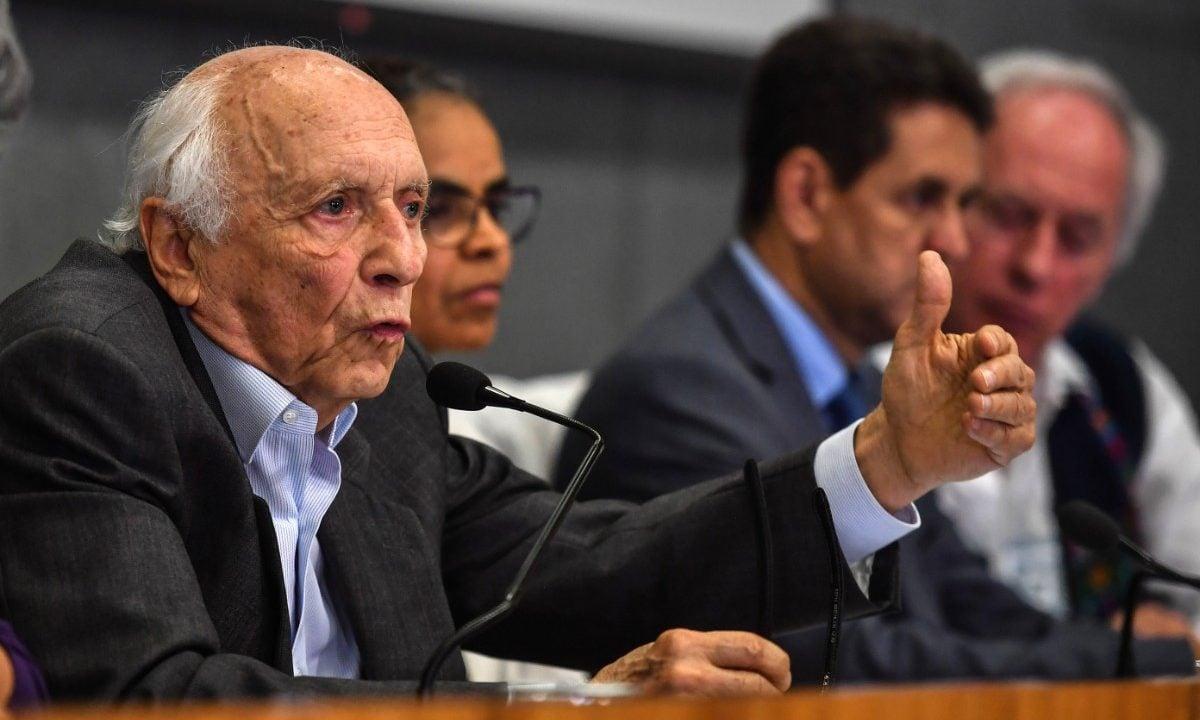 O ex-embaixador Rubens Ricupero