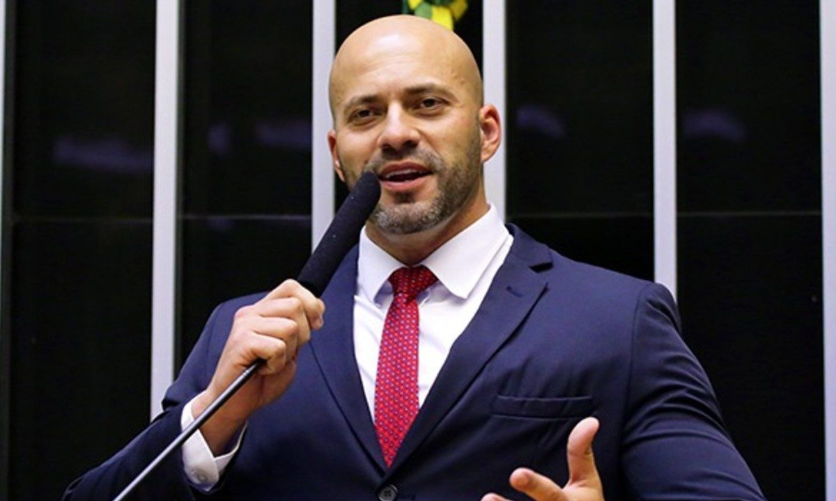 O deputado federal Daniel Silveira (PSL-RJ) ameaçou o STF após decisão de proibir prisão após condenação em segunda instância. Créditos: divulgação