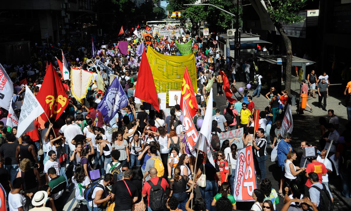 Manifestantes em passeata no Rio de Janeiro, em 2014. Foto: Tomaz Silva/Agência Brasil