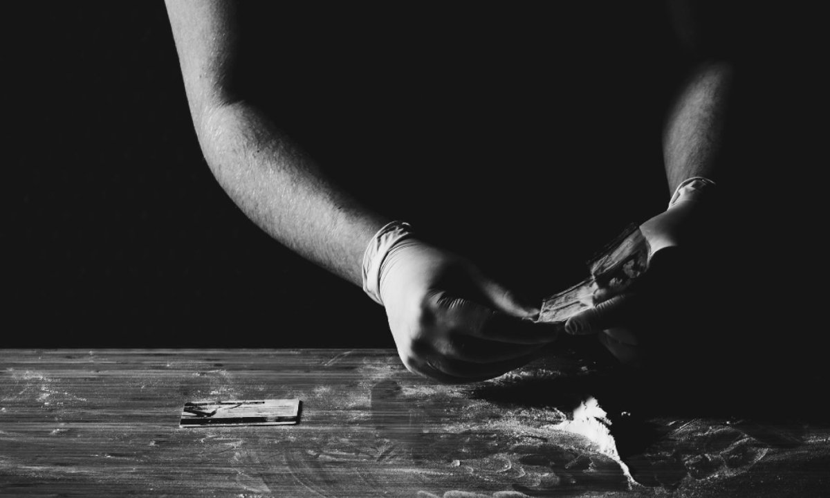 O uso abusivo de drogas. Foto: Pexels
