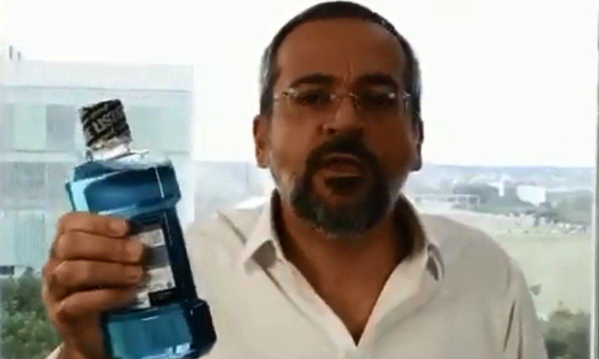 """Weintraub ataca imprensa e chama jornalista de """"boca de esgoto"""""""