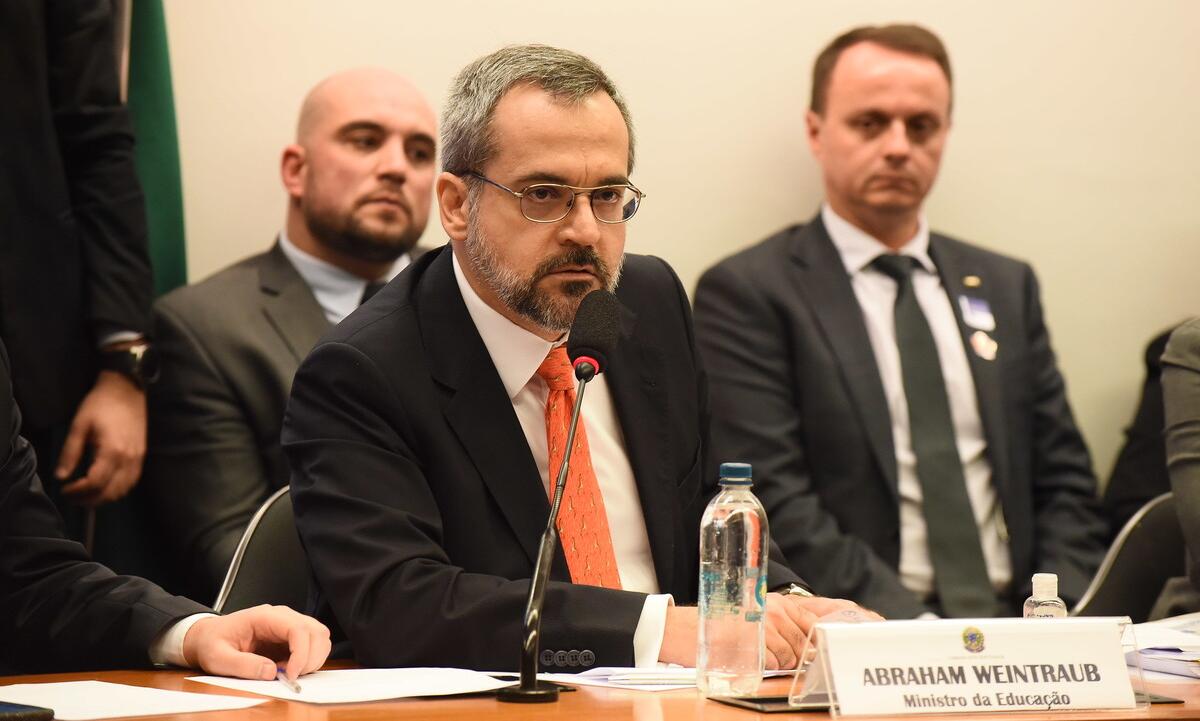 A gestão do ministro Abraham Weintraub foi alvo de críticas em relatório de comissão na Câmara. Foto: Luis Fortes/MEC