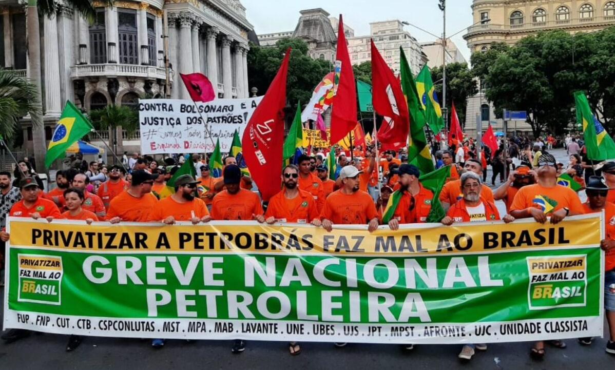 Resultado de imagem para greve petroleiros