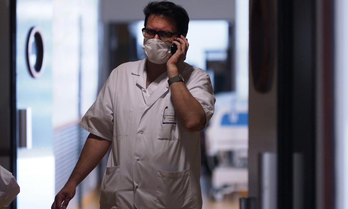 Hospitais franceses recebem cada vez mais pacientes de coronavírus. Foto: Guillaume Souvant/AFP