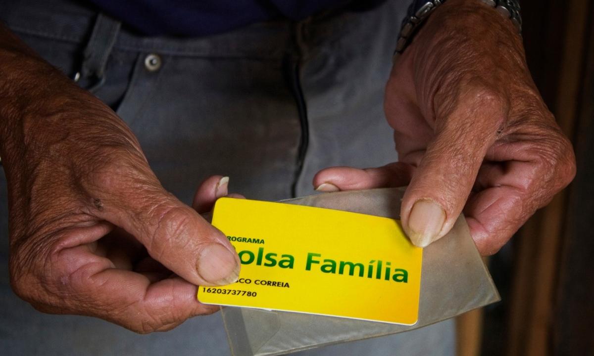 Cartão do benefício Bolsa Família. Foto: Divulgação