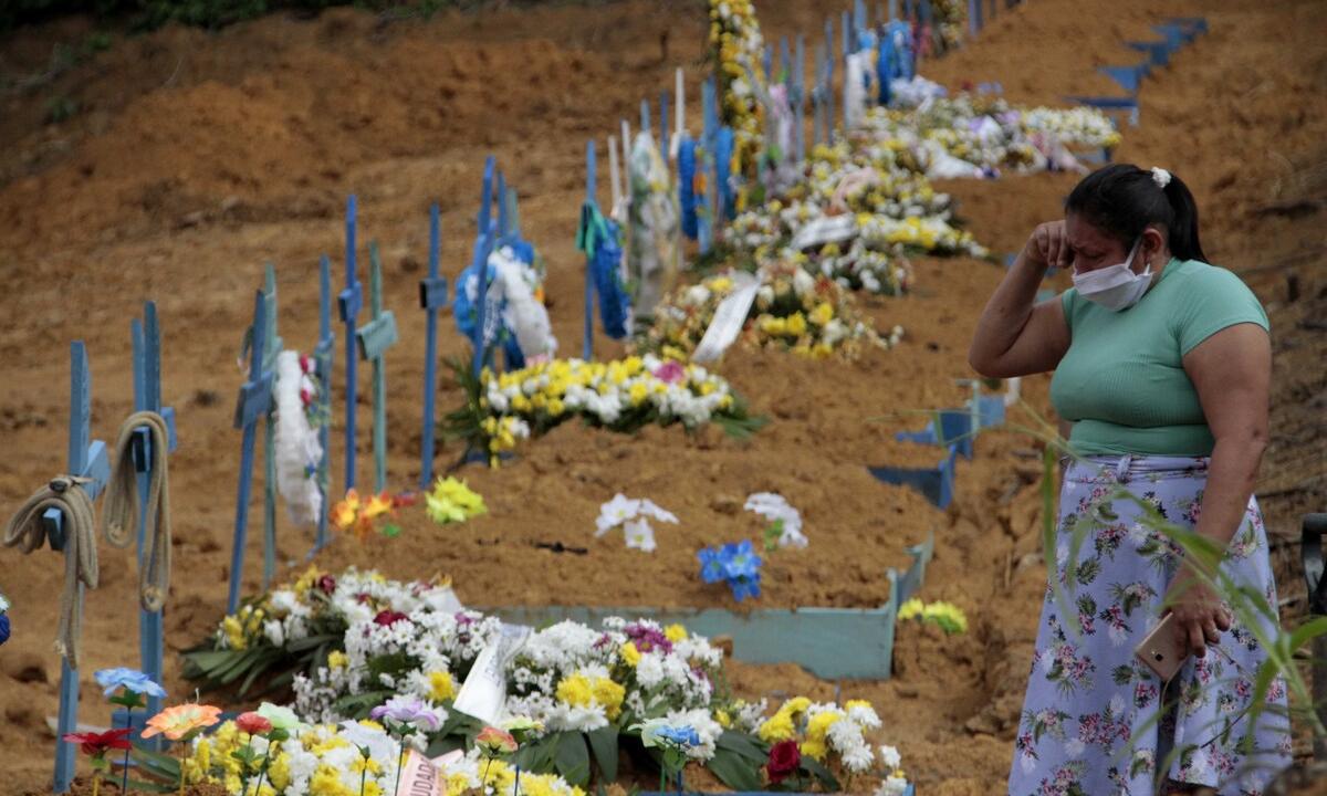 Cemitério de N. Sra. Aparecida, em Manaus, estado do Amazonas. Foto: Altemar Alcântara/Semcom