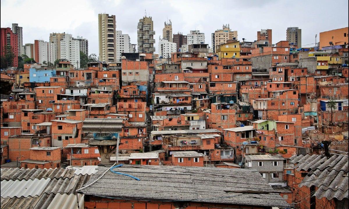 Pandemia nos cortiços de São Paulo e as mortes (in)visíveis em uma cidade que ninguém quer ver