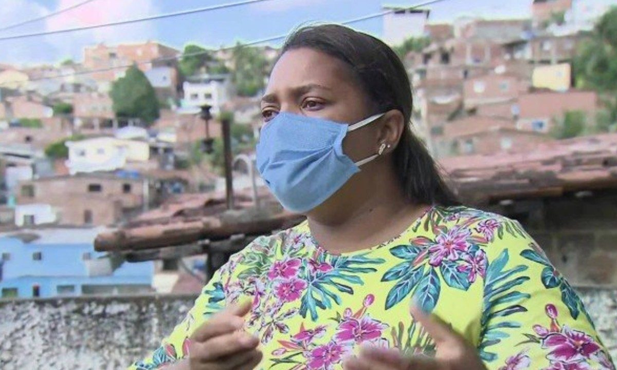 """Mãe de Miguel pode ter sido usada como """"funcionária fantasma"""" pela prefeitura de Tamandaré"""