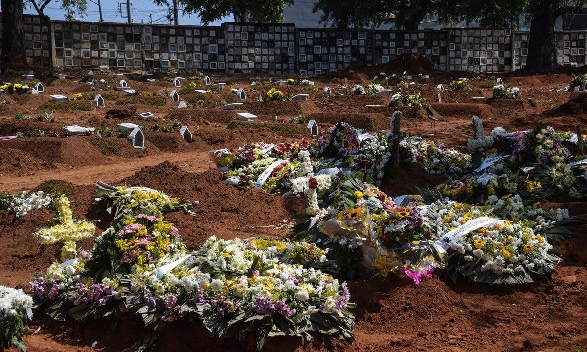 Cemitério Vila Formosa, em São Paulo. Foto: NELSON ALMEIDA/AFP