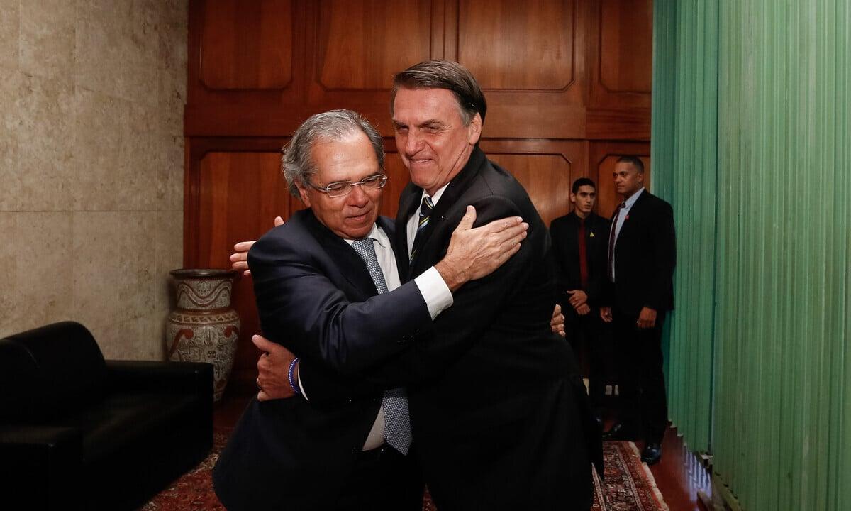 O presidente Jair Bolsonaro e o ministro da Economia, Paulo Guedes. Foto: Isac Nóbrega/PR