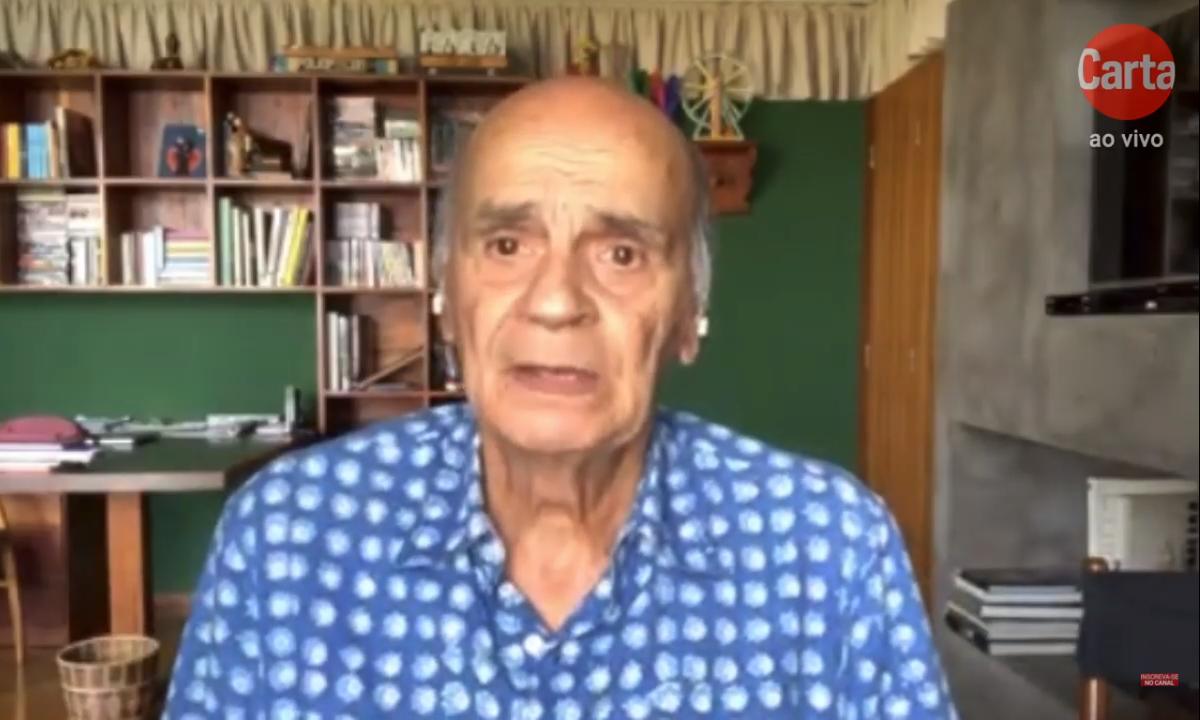 O médico Drauzio Varella, em entrevista ao diretor de redação de CartaCapital, Mino Carta. Foto: Reprodução