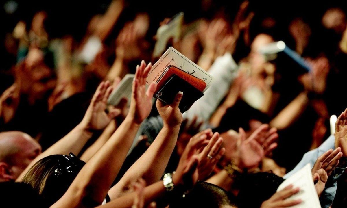 Grupo de evangélicos presente no noticiário mais recente e o pertencente ao primeiro escalão do governo federal são vinculados à corrente que sempre foi hegemônica. Foto: Pixabay