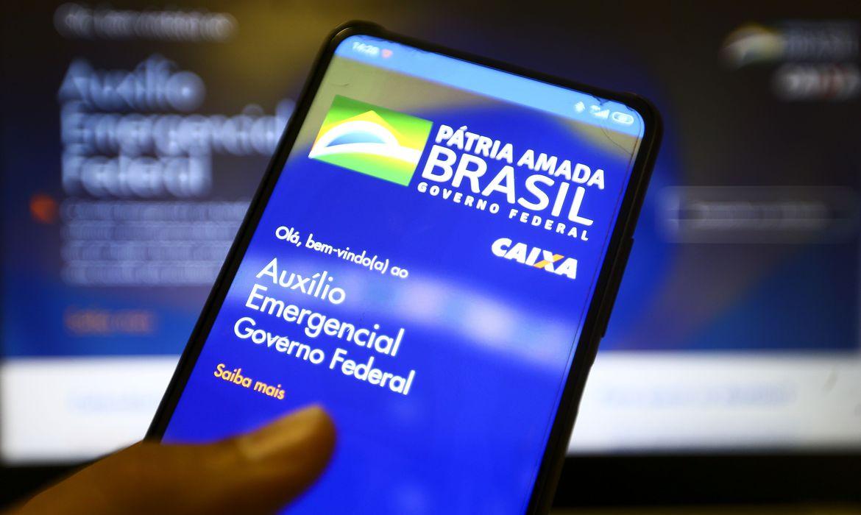 Medida Provisória instituiu o pagamento do auxílio até 31 de dezembro deste ano. Foto: Marcelo Camargo/Agência Brasil