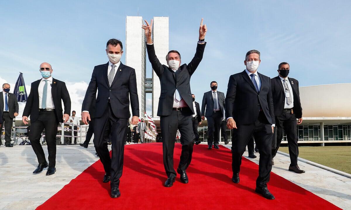 O presidente Jair Bolsonaro celebra eleição dos seus aliados como novos presidentes do Congresso. Foto: Alan Santos/PR