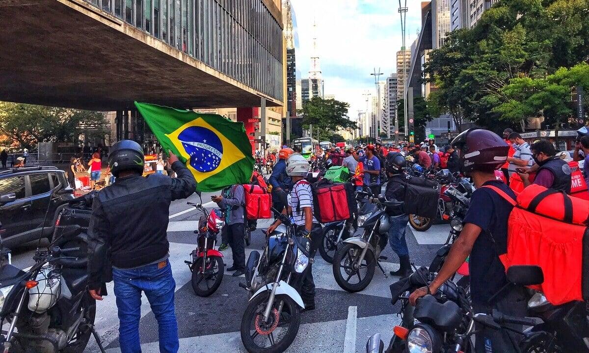 Entregadores fizeram manifestações em 2020 por direitos trabalhistas. Foto: Roberto Parizotti/Fotos Públicas