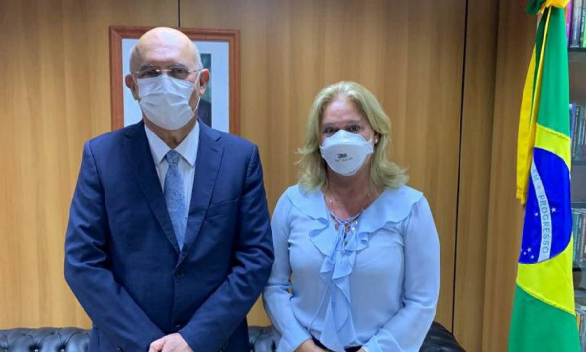 A nova presidente daCoordenação de Aperfeiçoamento de Pessoal de Nível Superior (Capes),ClaudiaMansaniQueda de Toledo. Foto: Reprodução/ Twitter.