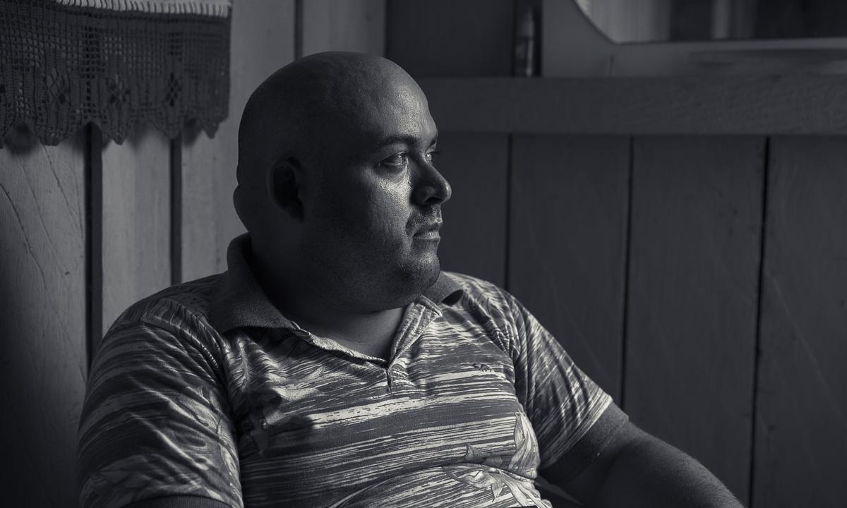 Mesmo sob proteção, Erasmo não se sente protegido. Já foram três atentados contra ele nos últimos anos. Foto: Fábio Erdos/Agência Pública