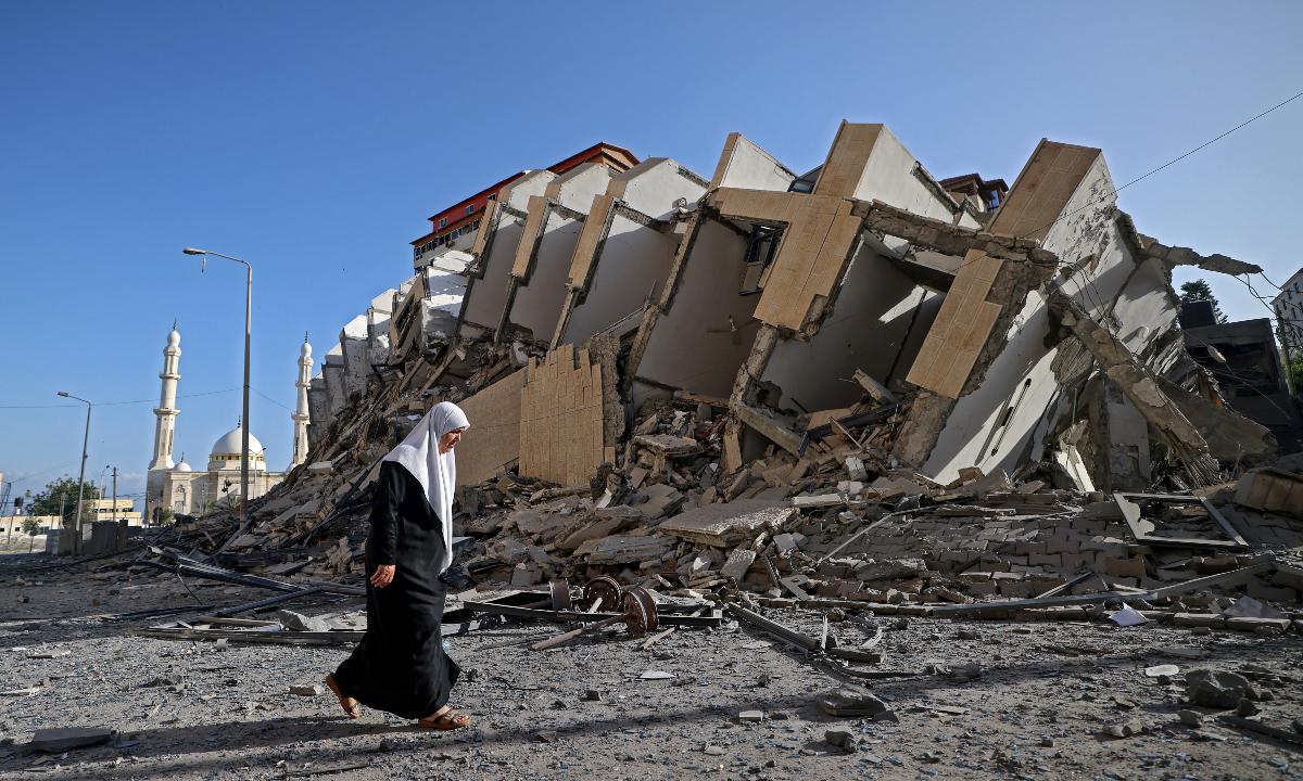 Ataque de Israel contra palestinos.  Foto: MOHAMMED ABED / AFP