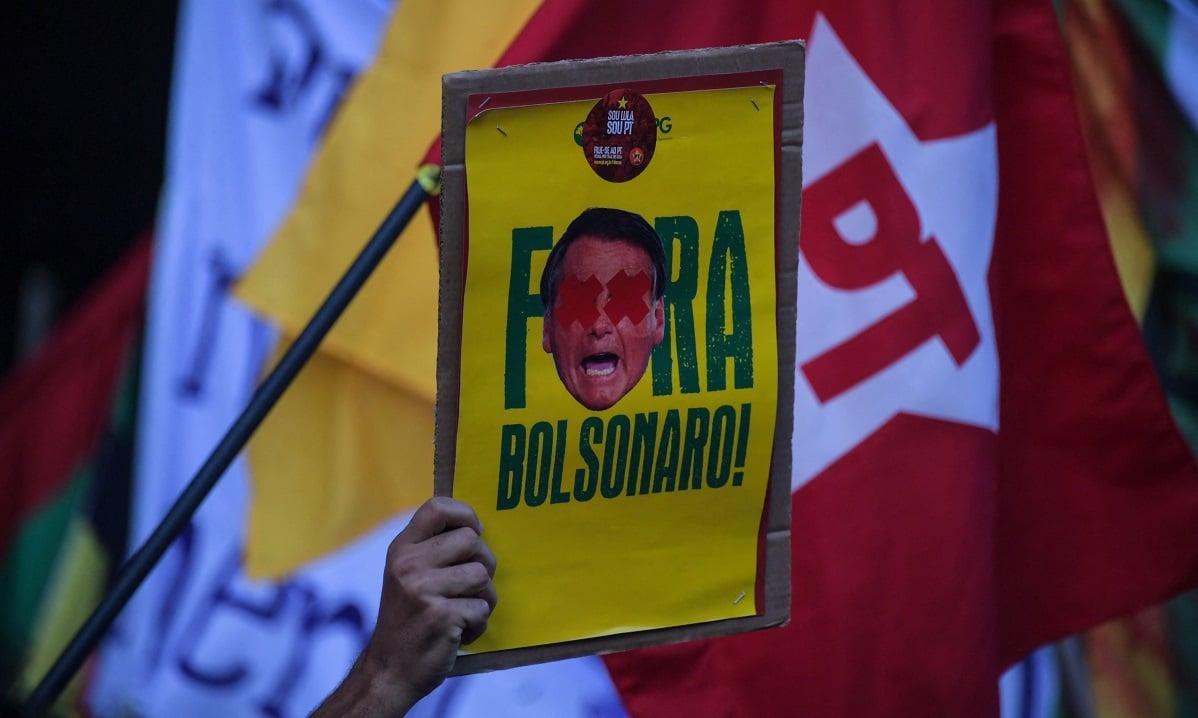 A cobertura foi esparsa, especialmente se for levada em conta a dimensão das manifestações (Foto: Nelson Almeida/AFP)