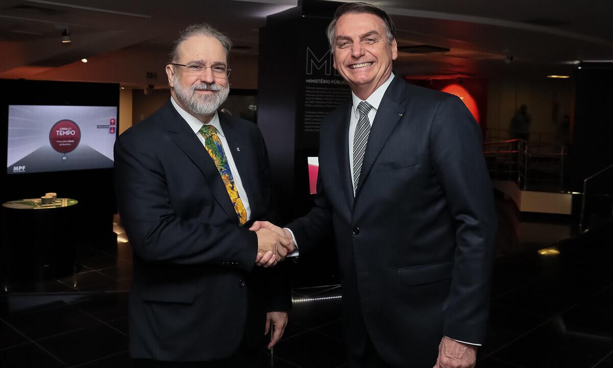 O presidente da República, Jair Bolsonaro, e o procurador-geral da República, Augusto Aras. Foto: Isac Nóbrega/PR